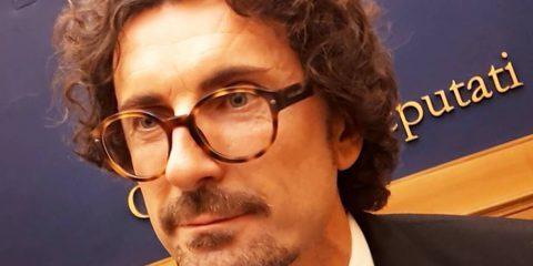 Micromobilità elettrica: Toninelli firma il decreto per la sperimentazione in città