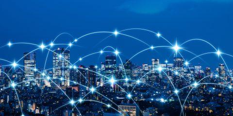 5G spina dorsale per smart city e industry 4.0, spesa globale a 28 miliardi di dollari nel 2026