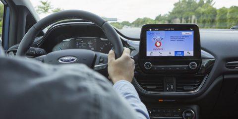 """Connected cars, ecco il """"cerca parcheggio"""" di Vodafone e Ford"""