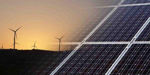Situazione energetica in Italia: cresce la domanda di energia, rinnovabili ferme al 20%