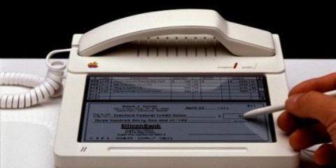 Prototipo di iPhone? No, è il Touchscreen della Apple nel 1983