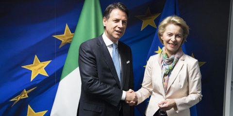 """Per """"l'Italia digitale"""" Conte chiede un patto all'Europa (Più fondi o incentivi fiscali?)"""