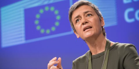 Vestager contro le killer acquisition (Facebook che mangia Instagram e WhatsApp, e Google pigliatutto)