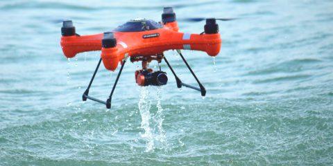 Droni sul mare di Ostia contro le plastiche galleggianti e l'erosione costiera