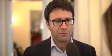 'Servono sanzioni per chi non accetta pagamenti con carta'. Intervista a Sergio Boccadutri
