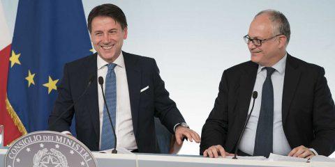 """Def, Gualtieri: """"Svolta verde sarà asse della manovra"""". Lo strumento dei green bond"""
