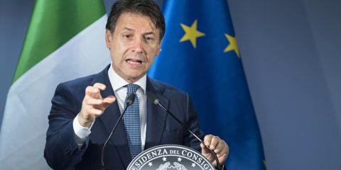 """Conte: """"Ridurremo commissioni sui pagamenti digitali e oltre 200 euro a chi paga con le carte"""""""