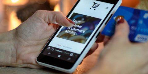 """Piano """"Italia going digital"""", le Regioni chiedono di investire 80 milioni di euro nell'ecommerce"""
