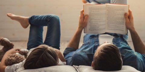 Il web e le favole: l'importanza della lettura condivisa tra genitori e figli