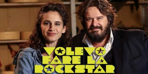 """""""Volevo fare la rockstar"""", su Rai 2 la fiction tratta dai racconti di Valentina Santandrea"""