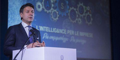Conte rilancia la priorità della cyber sicurezza, ma al Paese manca un cloud nazionale per i dati della PA
