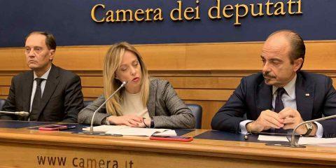 """Futuro della rete, Giorgia Meloni: """"Pubblica, unica e wholesale only, ma senza indugiare nelle decisioni"""""""