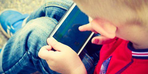 Consapevolezza digitale, Programma il Futuro lancia 3 nuove guide