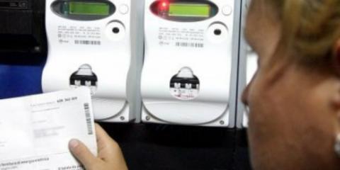 Truffe su contratti luce e gas, il decalogo per riconoscerle ed evitarle