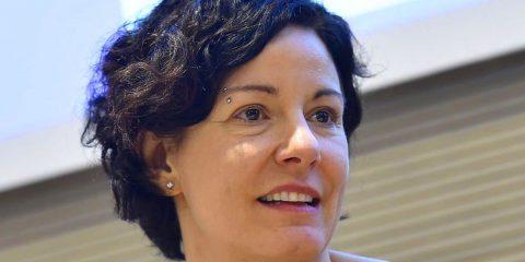 """Paola Pisano: """"Per porre fine agli attacchi d'odio online coinvolgere piattaforme social e Authority"""""""