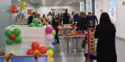 """""""Posteapertetuttol'anno"""", Poste Italiane invita le famiglie dei propri dipendenti"""