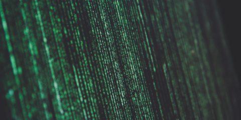 Pubblicità, come gli algoritmi ci fanno spendere di più online
