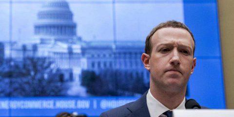 Soros vuole rimuovere Zuckerberg da Facebook perché minaccia la democrazia