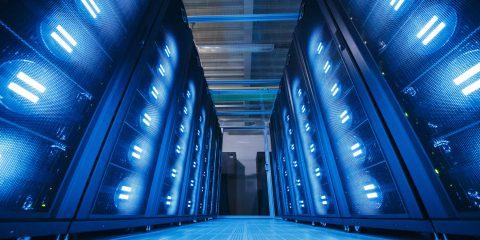 A trazione italiana il supercomputer per trovare la cura: valuta 3 milioni di molecole al secondo