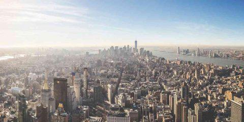 Cambiamenti climatici in città, servono 29 mila miliardi di dollari per le infrastrutture strategiche globali. Il Report sull'Italia