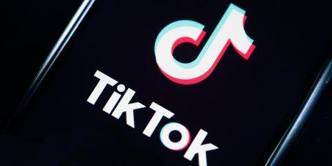 TikTok, l'acquisizione di Oracle entro oggi?