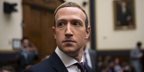 Appello di Facebook contro lo stop al trasferimento dati Ue-Usa