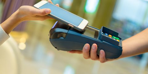 Pagamenti digitali decollati in lockdown. Gli incentivi del piano Colao