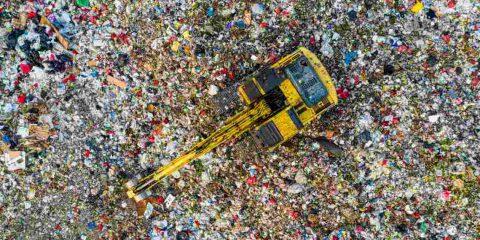 In Europa produciamo 500 kg di rifiuti a testa, ma con l'organico potremmo ottenere energia elettrica