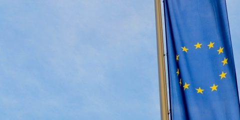 Vendita di beni o servizi digitali: come la direttiva UE771/2019 disciplina alcuni aspetti contrattuali