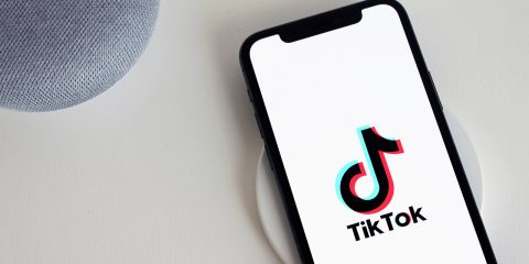 TikTok, blocco dell'export per le nuove tecnologie sensibili. Così la Cina vuole decidere sulla propria app