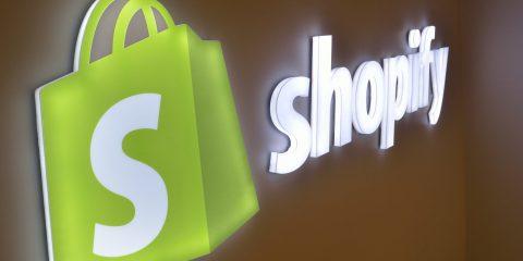 eCommerce, data breach per Shopify. Due ex dipendenti rubano dati di 200 clienti