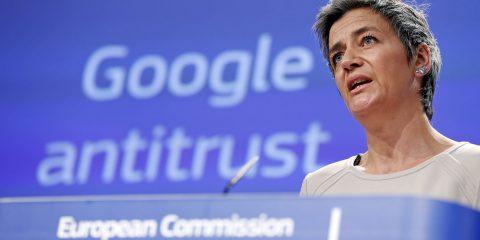"""Antitrust, in 165 (tra aziende ed enti) scrivono alla Vestager. """"Google ci danneggia, vogliamo le regole adesso'"""