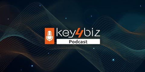 Clubhouse, il fenomeno social tra vantaggi e rischi privacy. Il podcast di Key4biz
