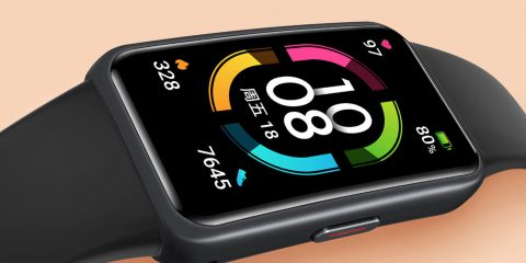Honor Band 6: la smartband diventa un quasi smartwatch