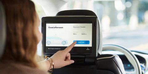 Auto connesse, mercato mondiale crescerà del +20% nel 2021. Rimane il nodo privacy