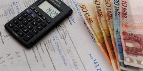 Difficoltà nel pagare le bollette? 3 consigli da seguire