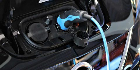 Auto elettriche, israeliana la batteria che si ricarica in 5 minuti