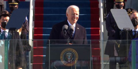 Biden, pronti 15 ordini esecutivi: da lotta a pandemia a green economy