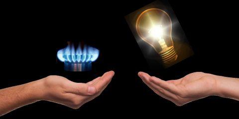 Aumenti bollette luce e gas gennaio 2021, come risparmiare online