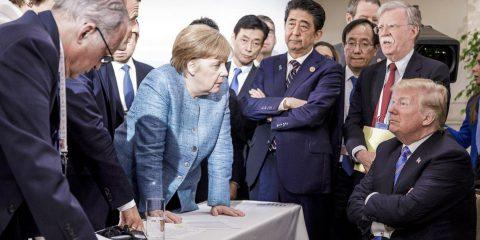 """Censura dei social a Trump? Merkel: """"Problematico. Limiti li dà legislatore, non Ceo azienda"""""""