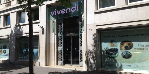 Vivendi rileva il 7,6% dell'editore spagnolo di El Pais