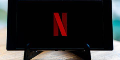 Netflix tocca quota 203 milioni di utenti e annuncia 500 produzioni originali