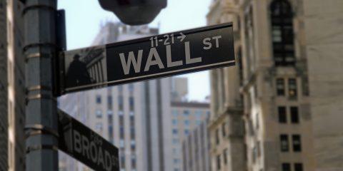 I tre operatori Tlc cinesi espulsi da Wall Street