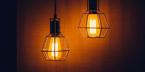 Offerte luce e gas per famiglie, come scegliere la giusta tariffa