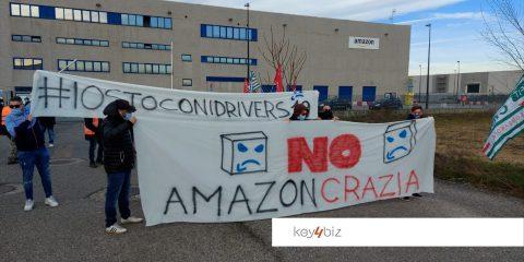 """Amazon, i lavoratori: """"Scioperiamo contro il suo algoritmo"""""""
