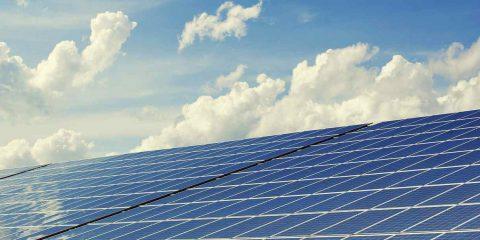 Elettricità dal sole sempre più economica negli USA, impianti costeranno il 60% in meno entro il 2030