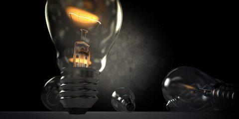 Offerte luce e gas pagate con bollettino postale, convengono davvero?