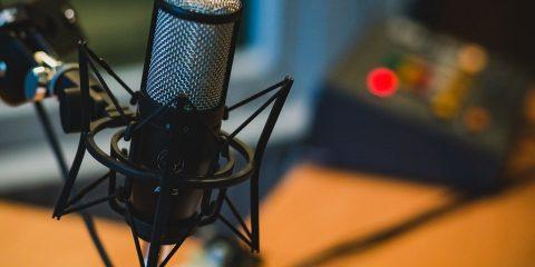 Il ritorno dell'audio, tra podcast e Clubhouse