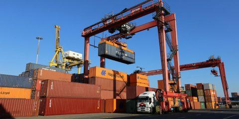 Digitalizzazione dei processi operativi e logistici al Porto di Livorno