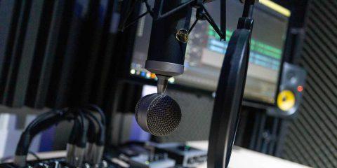 Democrazia Futura. La forma e lo stile del radio-documentario